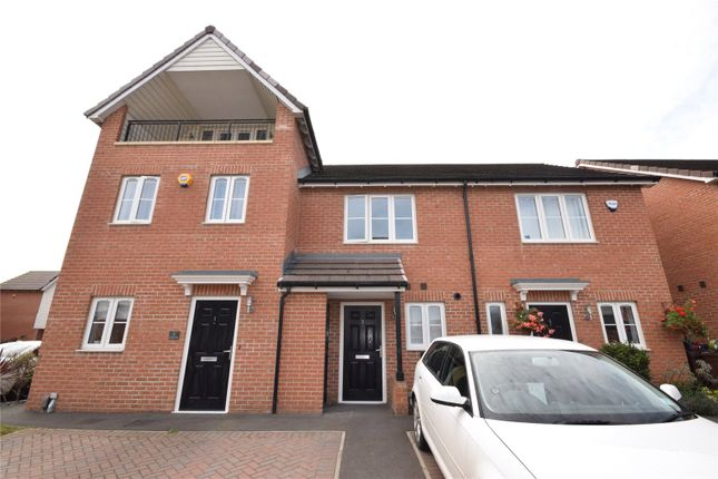 2 bed town house to rent in Riverside View, Castleford, West Yorkshire WF10