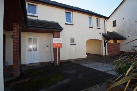 Thumbnail Flat to rent in Ashton Crescent, Braunton