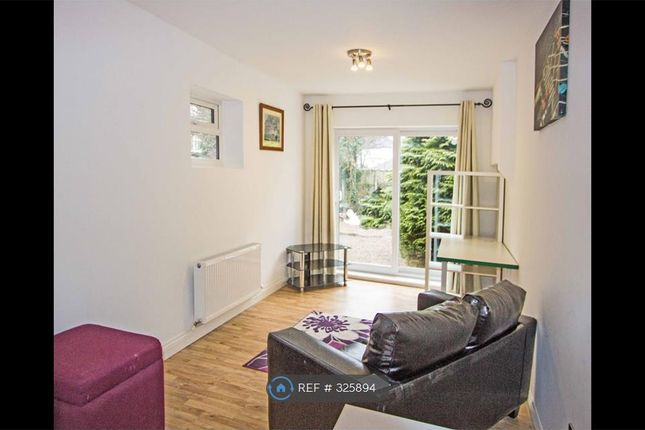 Studio to rent in Pearson Park House, Hull