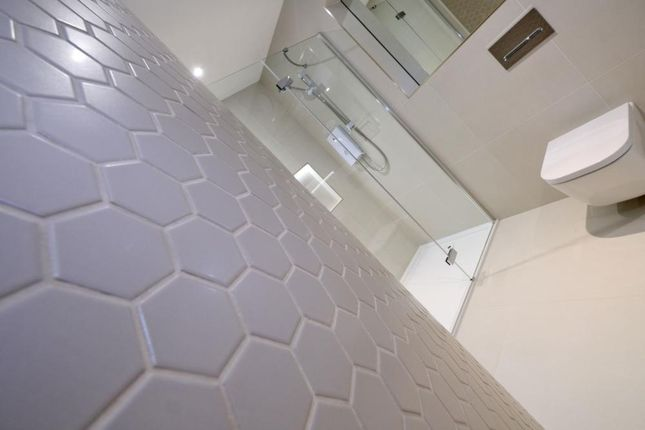 Tiling of The Lodge, Western Road, Flat 1, Aberdeen AB24