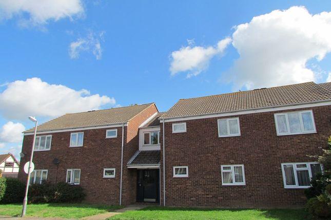 Thumbnail Flat to rent in Seaview Avenue, Little Oakley, Harwich