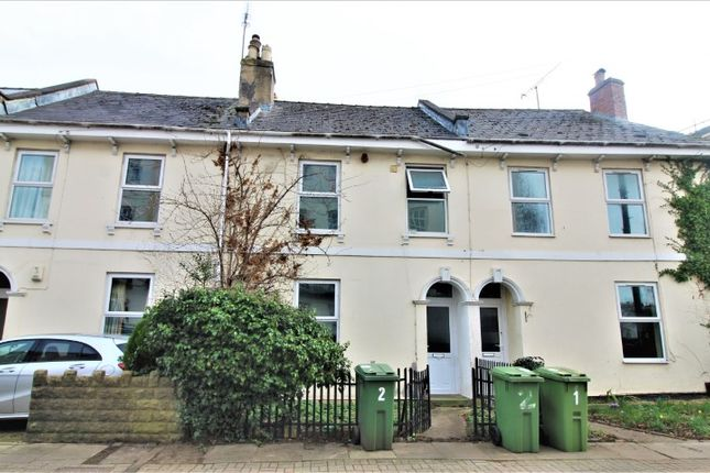 Thumbnail Terraced house for sale in Wellington Street, Town Centre