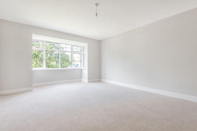 Sitting Room of Coolhurst Close, Nuthurst Road, Monks Gate RH13