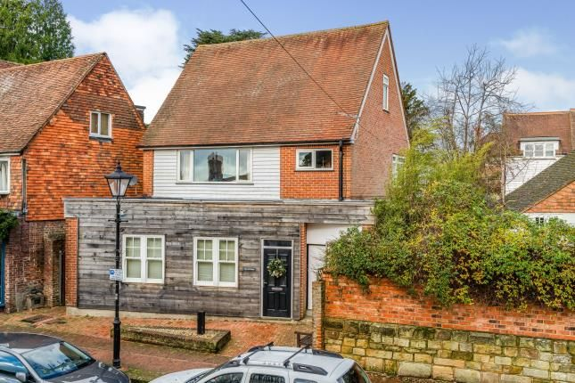 Thumbnail Maisonette for sale in High Street, Mayfield, East Sussex, United Kingdom