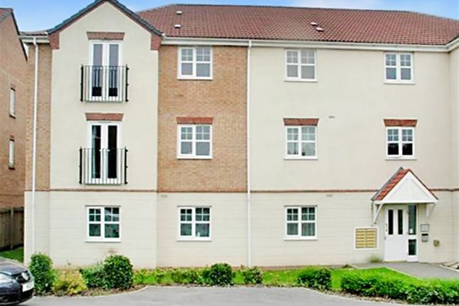 Thumbnail Flat to rent in Redwood Close, Bilborough
