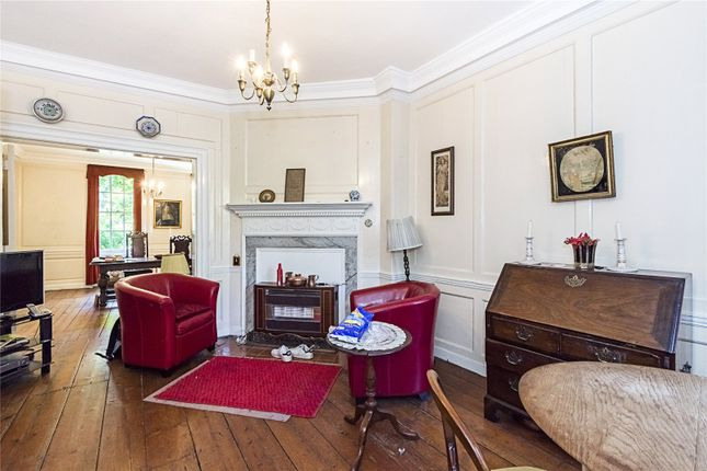 5 bedroom terraced house for sale in Clapham Common North Side, Clapham, London