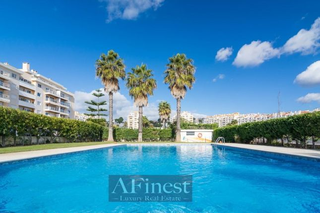 2 bed apartment for sale in Carcavelos E Parede, Carcavelos E Parede, Cascais