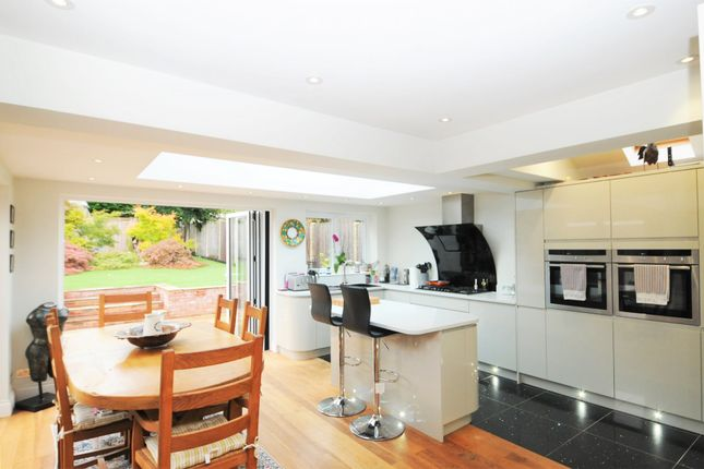 Thumbnail Detached bungalow to rent in Fidlers Walk, Wargrave, Reading