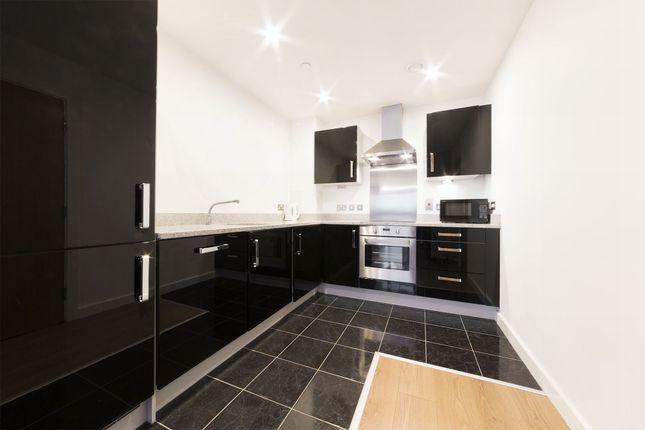 Kitchen of City Peninsula, 25 Barge Walk, London SE10