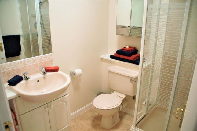 Riverside Place, Aberdeen  Master Bedroom En-Suite