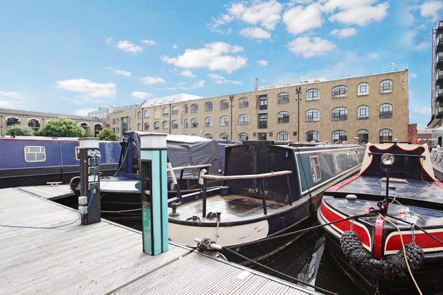 Thumbnail Houseboat for sale in Ice Wharf Marina, Kings Cross