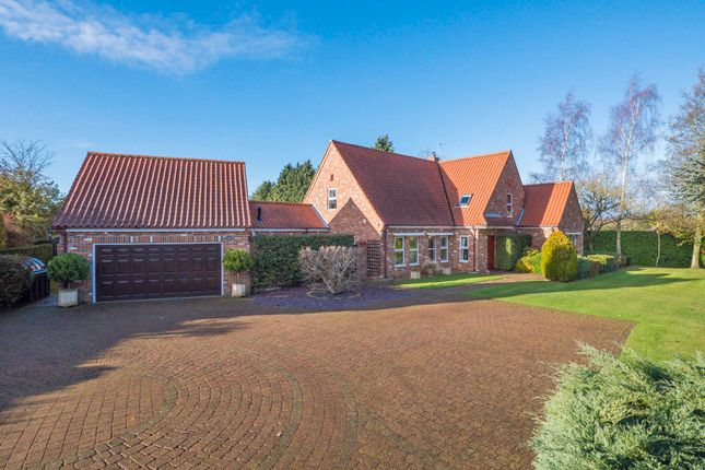 5 bed detached house for sale in Beyton, Bury St Edmunds, Suffolk