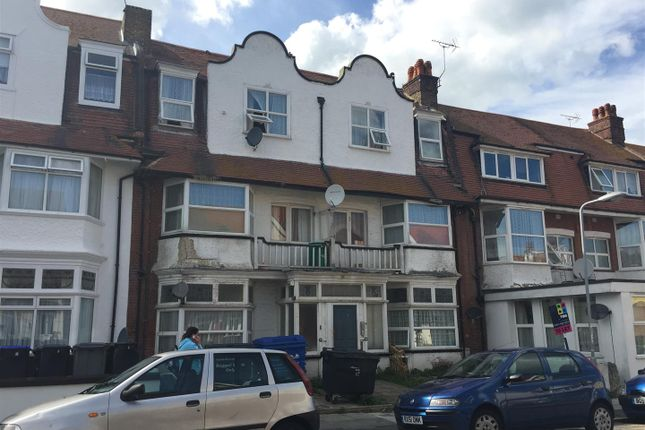 Thumbnail Flat for sale in Surrey Road, Cliftonville, Margate