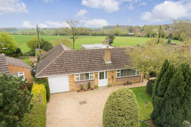 Thumbnail Detached bungalow for sale in Nelson Close, Ettington, Stratford-Upon-Avon