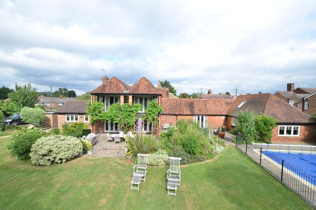 Thumbnail Equestrian property for sale in Laddingford, Maidstone