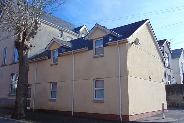 Thumbnail Flat for sale in Flat 2, Cimla Road, Neath, Neath Port Talbot.