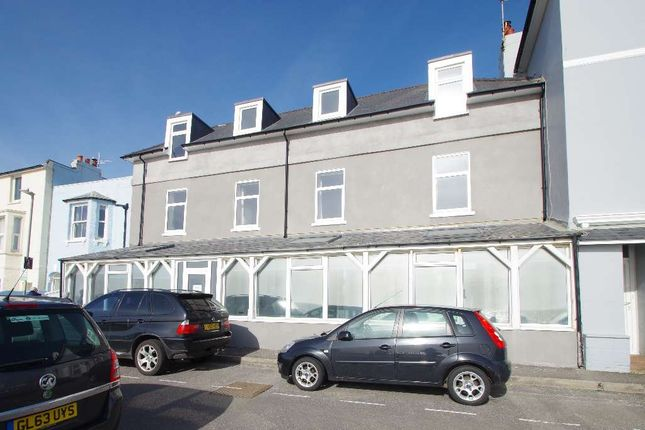 3 bed flat for sale in South Court, Sandgate CT20