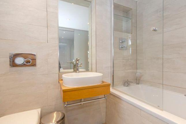 Bedroom En-Suite of Fortis Green, London N2