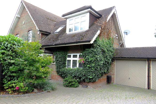 Thumbnail Cottage for sale in Botney Hill, Little Burstead, Billericay