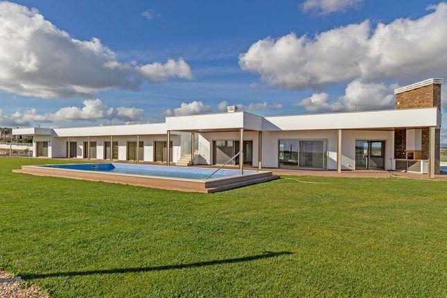Thumbnail Villa for sale in Odiáxere, Lagos, Portugal