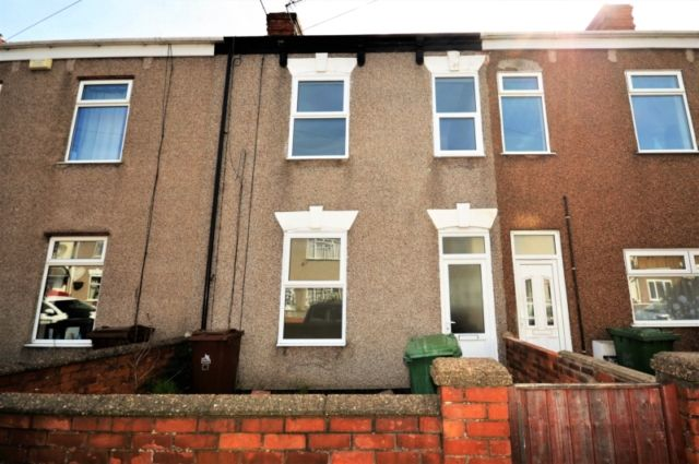 Thumbnail Terraced house to rent in Heneage Road, Grimsby