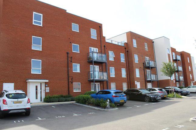 Thumbnail Flat to rent in Lett Lane, Ebbsfleet Valley, Swanscombe