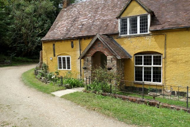 Thumbnail Cottage to rent in Springhill, Eastington, Stonehouse