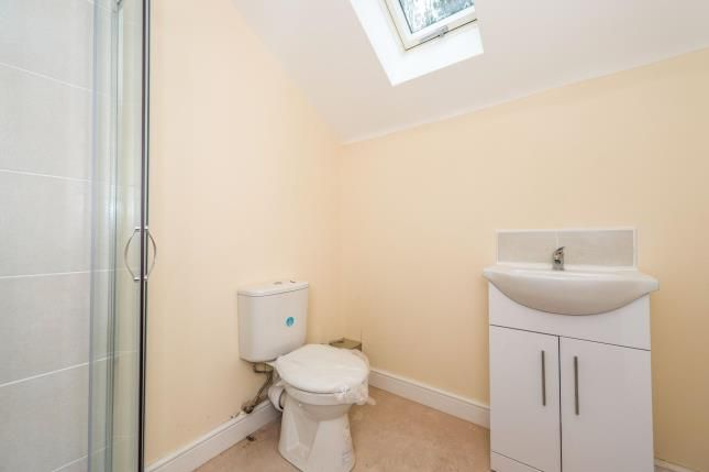 Ensuite of Manley Lodge, 85 Somerville Road, Waterloo L22