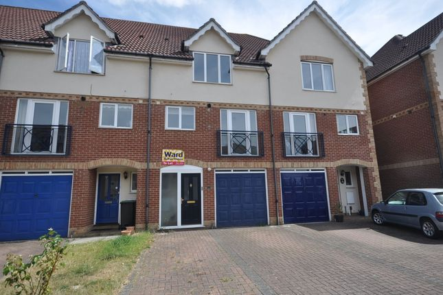 Thumbnail Town house to rent in Fennel Close, Borstal, Rochester