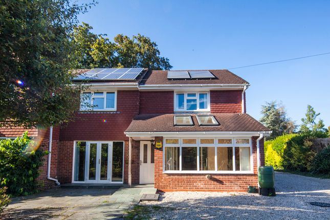 Thumbnail Flat to rent in Little Eastfield, Whitchurch -On- Thames