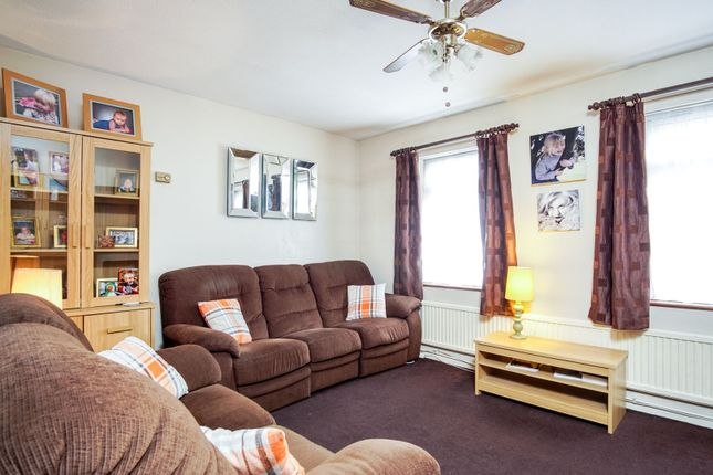 Thumbnail Terraced house for sale in Whitmore Close, New Southgate