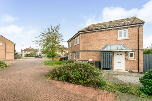 2 bed end terrace house for sale in Gales Place, Cotton End MK45