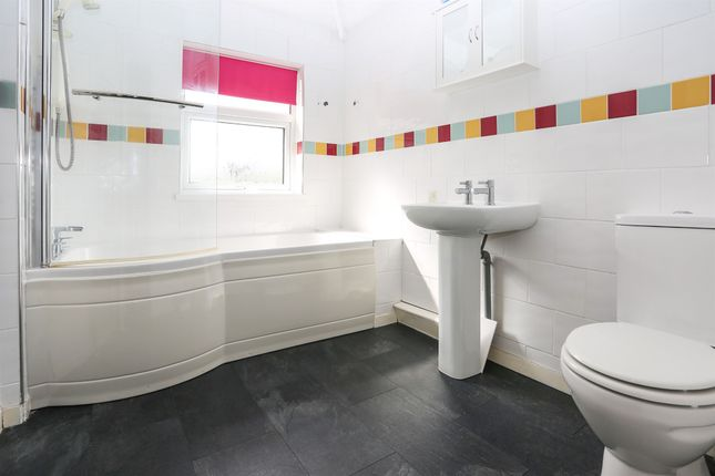 Thumbnail Detached house to rent in Pawsons Road, Croydon