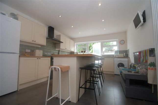 Thumbnail Terraced house to rent in Huddersfield Road, Stalybridge, Cheshire