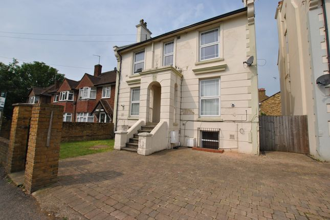 Thumbnail Flat to rent in Cleveland Road, Uxbridge, Middlesex