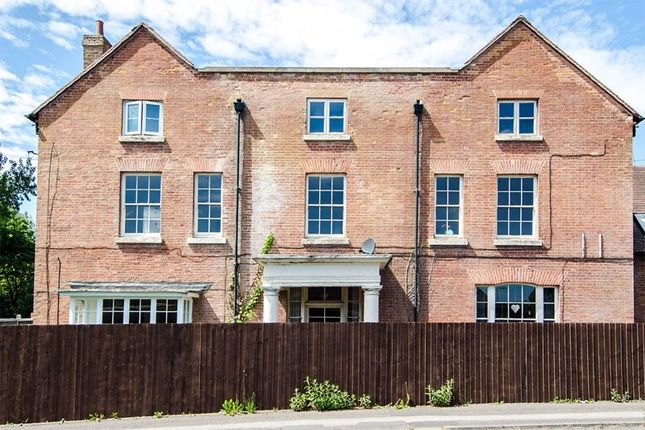 Thumbnail Flat to rent in Water Orton Lane, Minworth, Sutton Coldfield