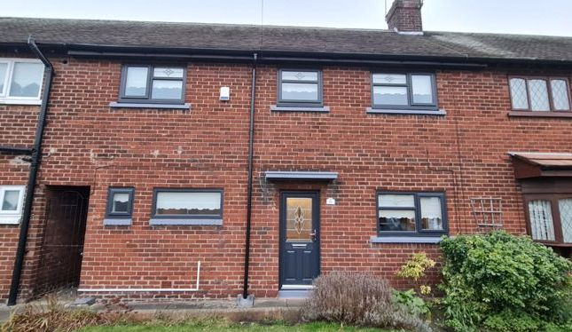 Thumbnail Town house for sale in Walker Drive, Bootle