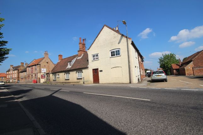 Thumbnail Cottage for sale in High Street, Collingham, Newark