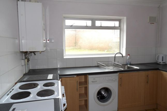 Thumbnail Semi-detached house to rent in Hawkhurst Road, Coldean