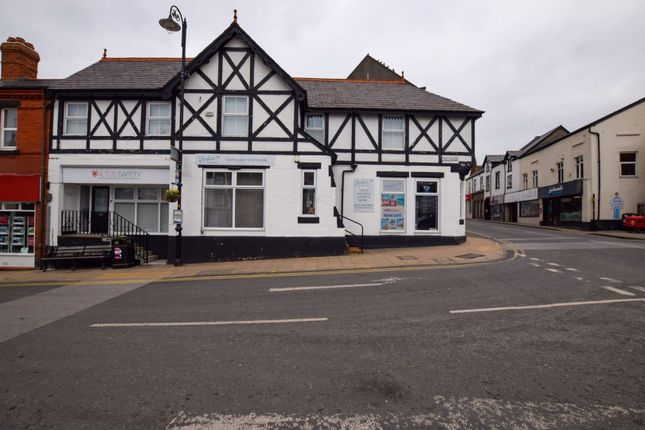 Property for sale in The Cross, Neston CH64