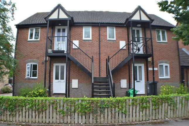 Thumbnail 1 bed maisonette for sale in Adwood Court, Thatcham