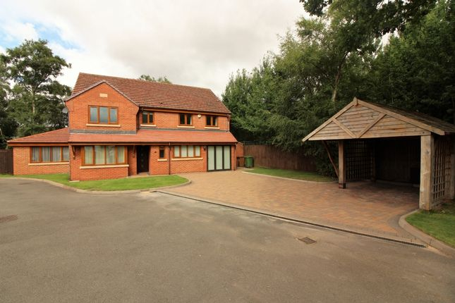 Thumbnail Detached house for sale in Willenhall