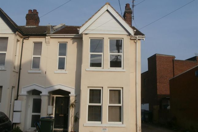 Thumbnail Flat to rent in Emsworth Road, Shirley, Southampton