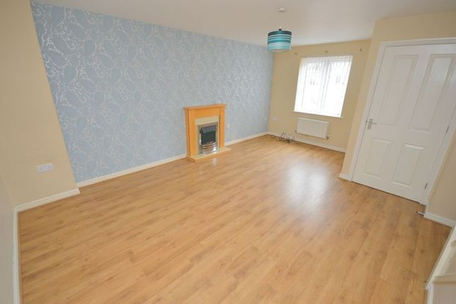 Thumbnail Town house to rent in Wellingford Avenue, Widnes