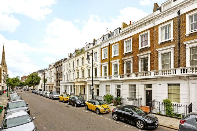 Thumbnail Flat for sale in Cambridge Street, London