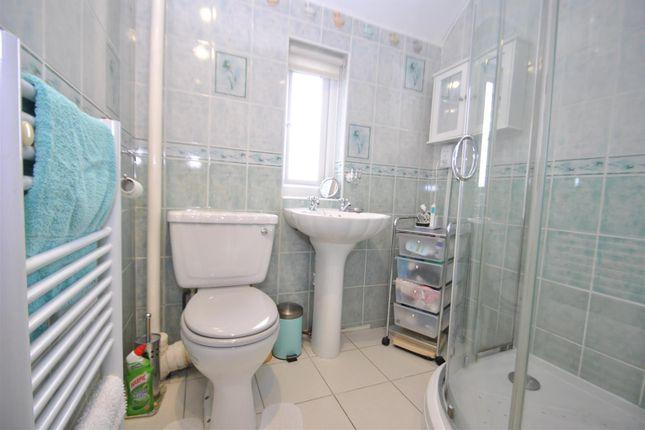 Shower Room of Waywell Close, Fearnhead, Warrington WA2