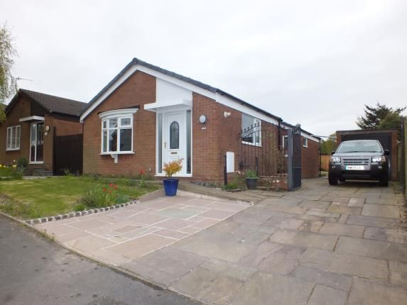 Thumbnail Bungalow for sale in Higher Meadow, Leyland, Lancashire, Preston