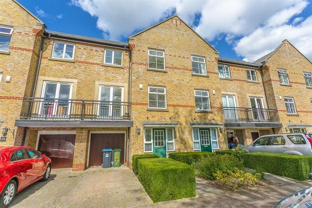 Thumbnail Town house for sale in Coldstream Road, The Village, Caterham