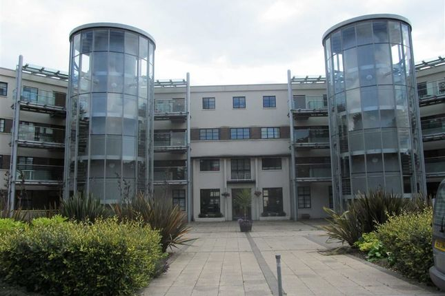 Thumbnail Flat to rent in The Courtlands, Sully, Vale Of Glamorgan