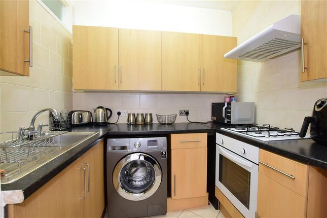 Kitchen of De Vere Gardens, Ilford, Essex IG1